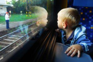Детские билеты и тарифы на РЖД в 2017-2018 году: до какого возраста бесплатно, льготы и скидки