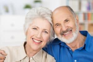 Социальные льготы, права и выплаты пенсионерам в 80 лет в 2017-2018 году: помощь, компенсации и надбавки, необходимые документы