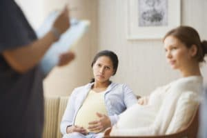 Примут ли в роддом без родового сертификата: особенности родов без сертификата