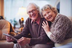 Платят ли пенсию работающим пенсионерам