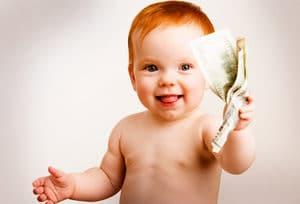 Выплаты и пособия при рождении детей в 2017-2018 году: финансовая помощь от государства