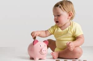Пособия и выплаты на ребенка в Астрахани в 2018 году: федеральные и региональные, размеры выплат, порядок и условия получения, необходимые документы