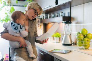 Пособия и выплаты на ребенка в ХМАО в 2018 году: федеральные и региональные, размеры выплат, порядок и условия получения, необходимые документы