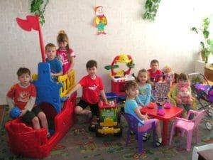 Формирование очереди и порядок приема в детский сад в Челябинске в 2018 году: особенности и правила постановки, необходимые документы, льготный список и электронная очередь, узнать свой номер