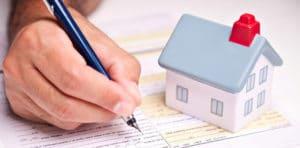 Изображение - Что дает и кто имеет право на получение субсидии на улучшение жилищных условий Pomoshh-molodoj-seme-300x148