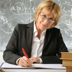 Льготная пенсия для педагогов по выслуге лет