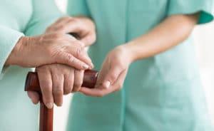 Льготы и выплаты пенсионерам старше 80 лет в 2020 году