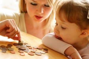 Льготы и привилегии матерей-одиночек в 2020 году