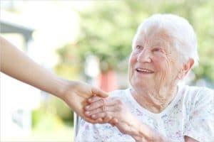 Изображение - На какое пособие может рассчитывать работник по уходу за инвалидом opeka_nad_invalidom_pravo-300x200