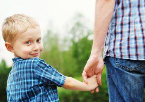 Порядок добровольного признания отцовства в 2020 году