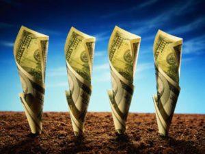 Изображение - Льготы по уплате земельного налога dengi_zemlya-300x225