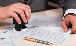 Изображение - Ежегодный оплачиваемый отпуск согласно трудовому кодексу notary-iurii-sokolov-fotolia.com_1-e1472632795259-300x180