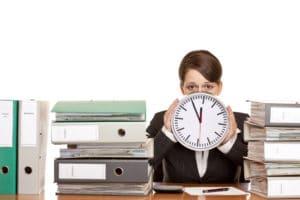 Увольнение временных сотрудников всвязи свыходом основного работника в2020 году