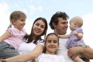 Госдума рассматривает новые льготы для многодетных родителей