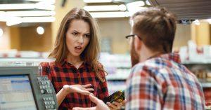 Как вернуть продукт в магазин, если он испорчен, но еще не просрочен