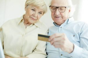 Изменение возможностей банковской карты пенсионеров