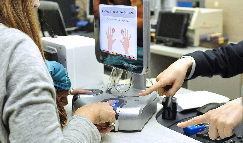Чем может грозить россиянам сбор биометрических данных
