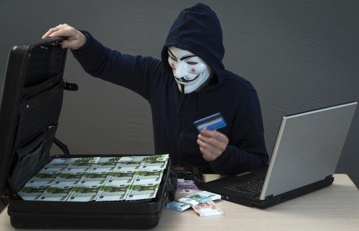 Центробанк решил создать рекомендации по защите клиентов от мошенников