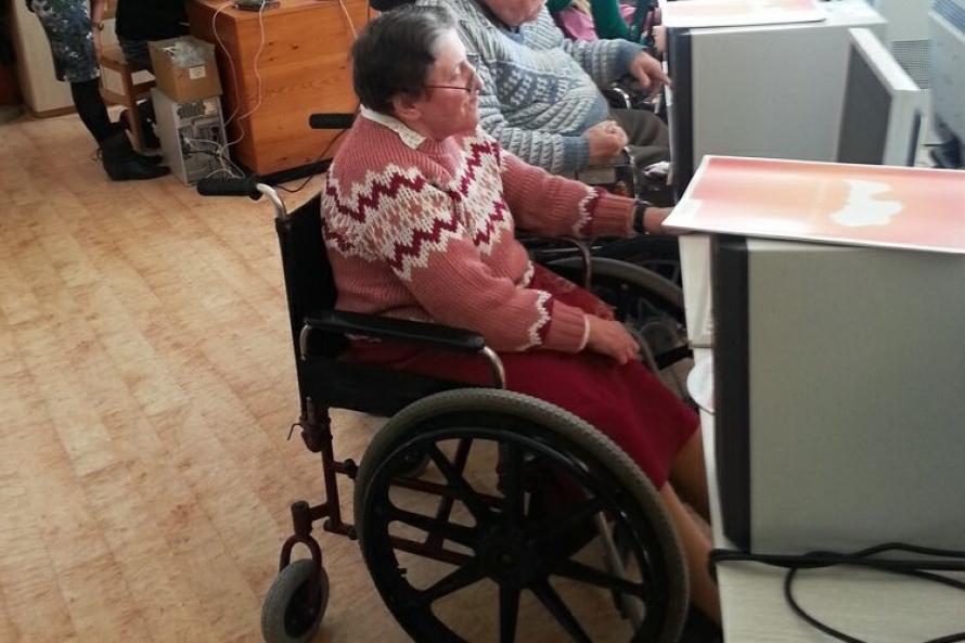 Работающим инвалидам могут вернуть индексацию пенсий