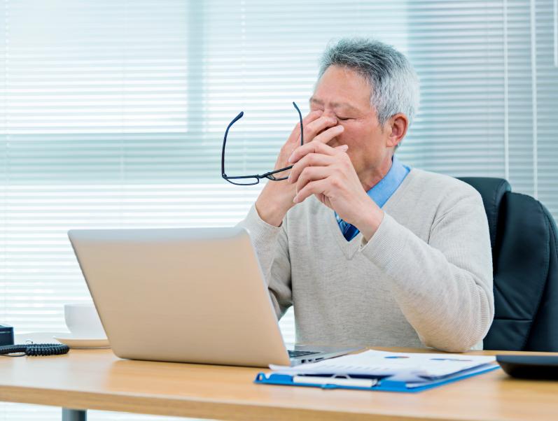 """Нужно ли пенсионеру """"отрабатывать"""" 2 недели после увольнения?"""