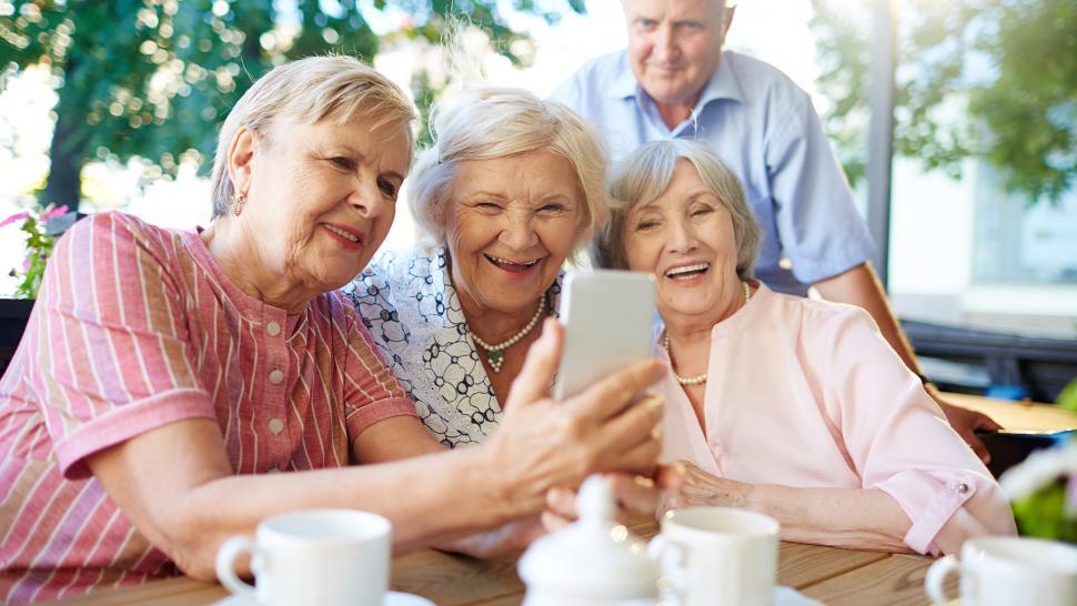 Какой категории россиян повысят пенсии?