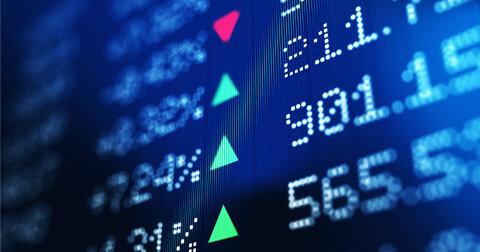 Обычные россияне ринулись на фондовые рынки
