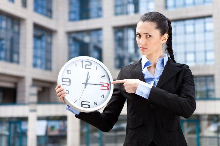 Российские психотерапевты выявили 3 основные причины опозданий на работу