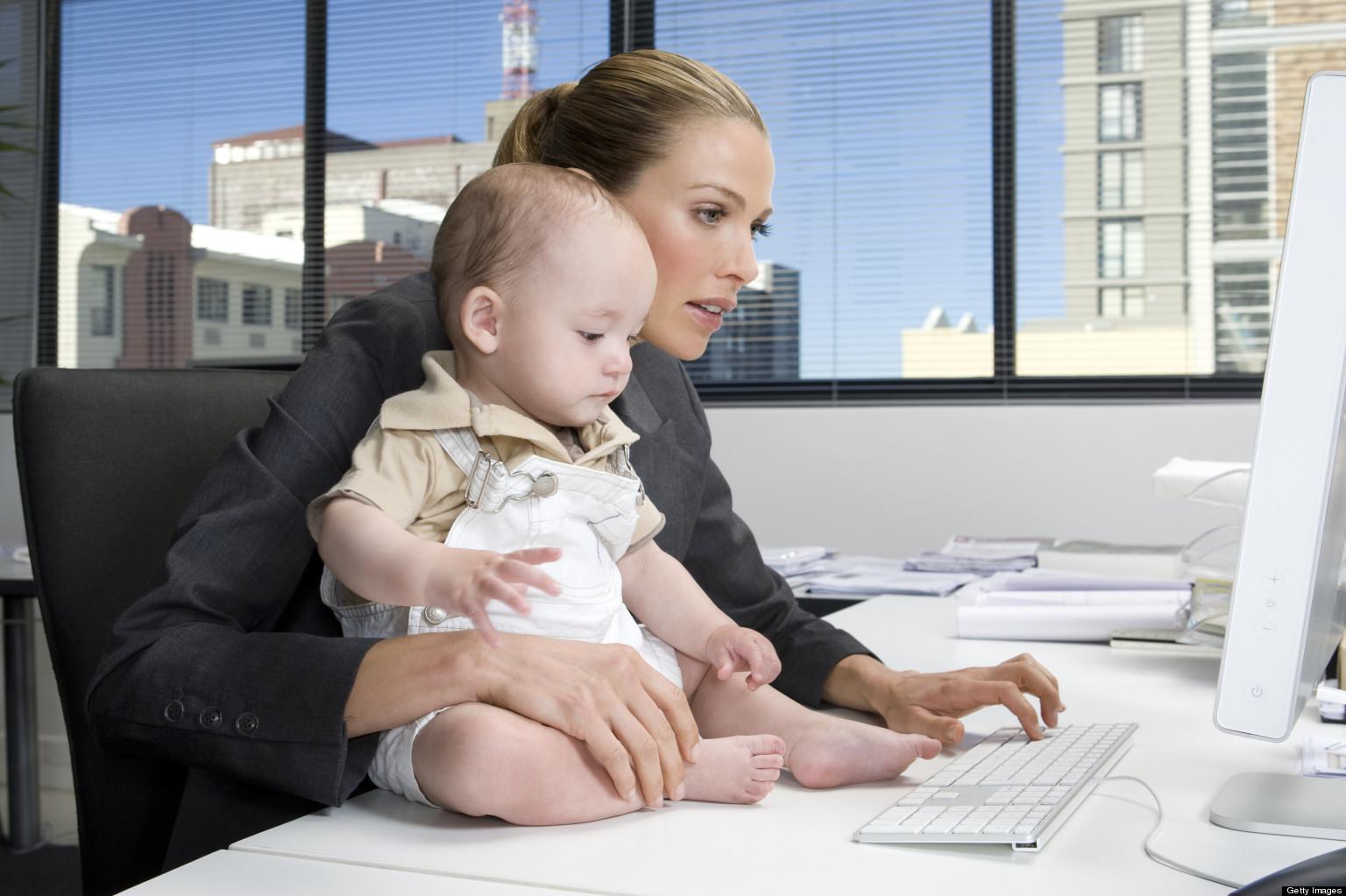 Какие детские пособия положены только работающим родителям