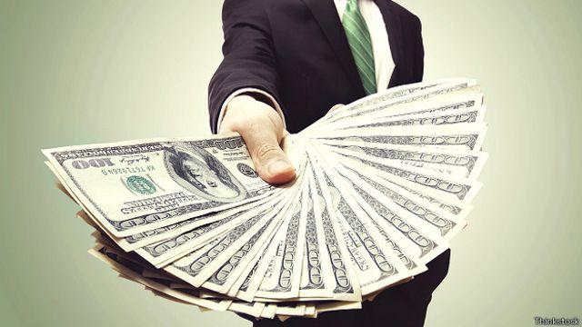 Какие вакансии занимают россияне с доходом 250 тысяч?