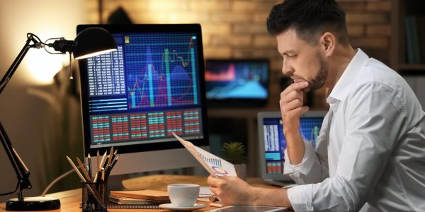 Экономисты предупреждают: появилось много неграмотных инвесторов