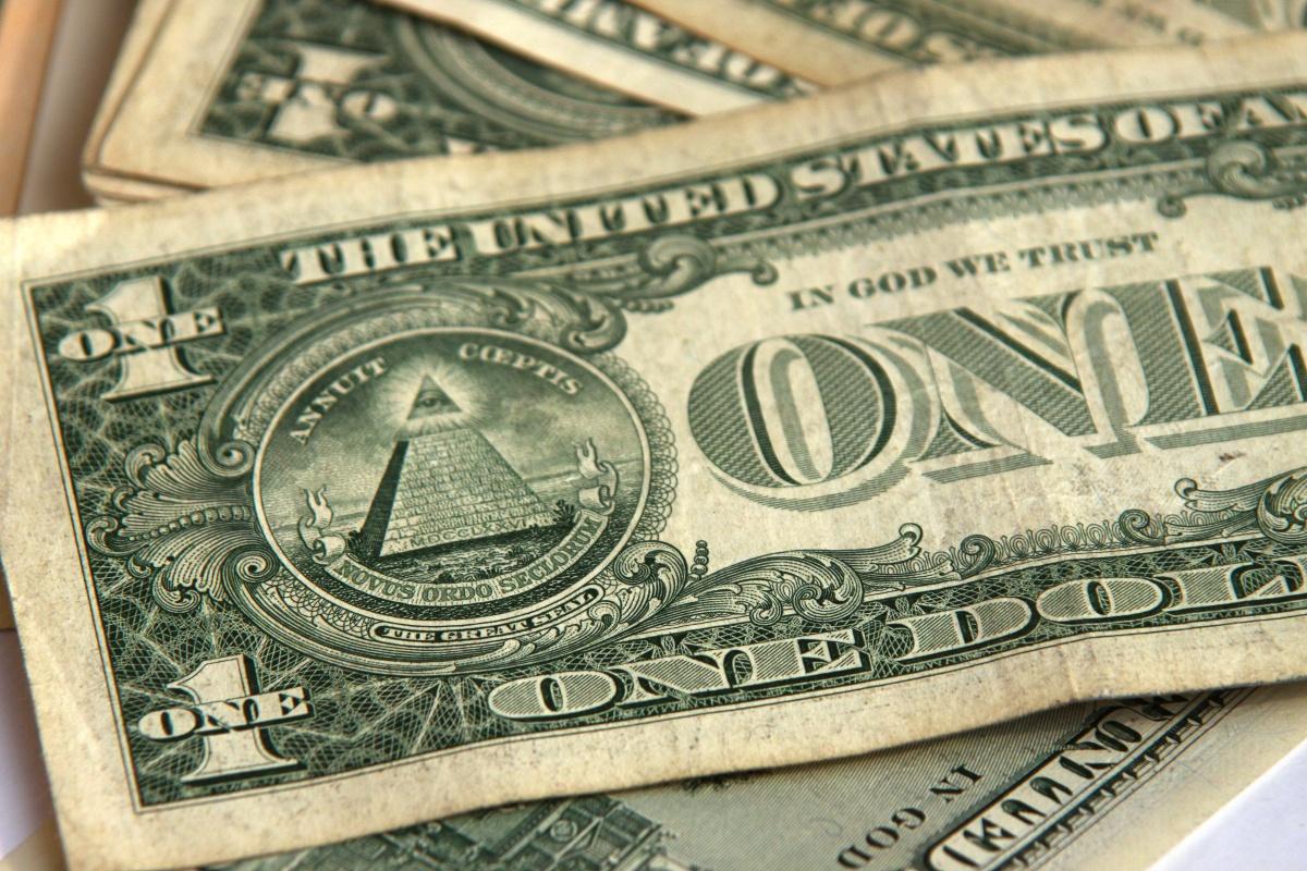Почему рост курса доллара не прекращается