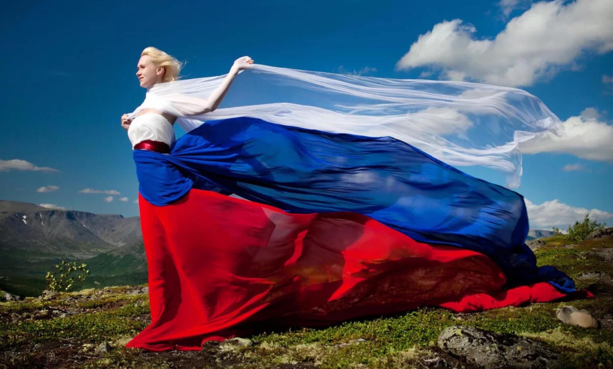 Путин: санкции приводят к усилению позиций России