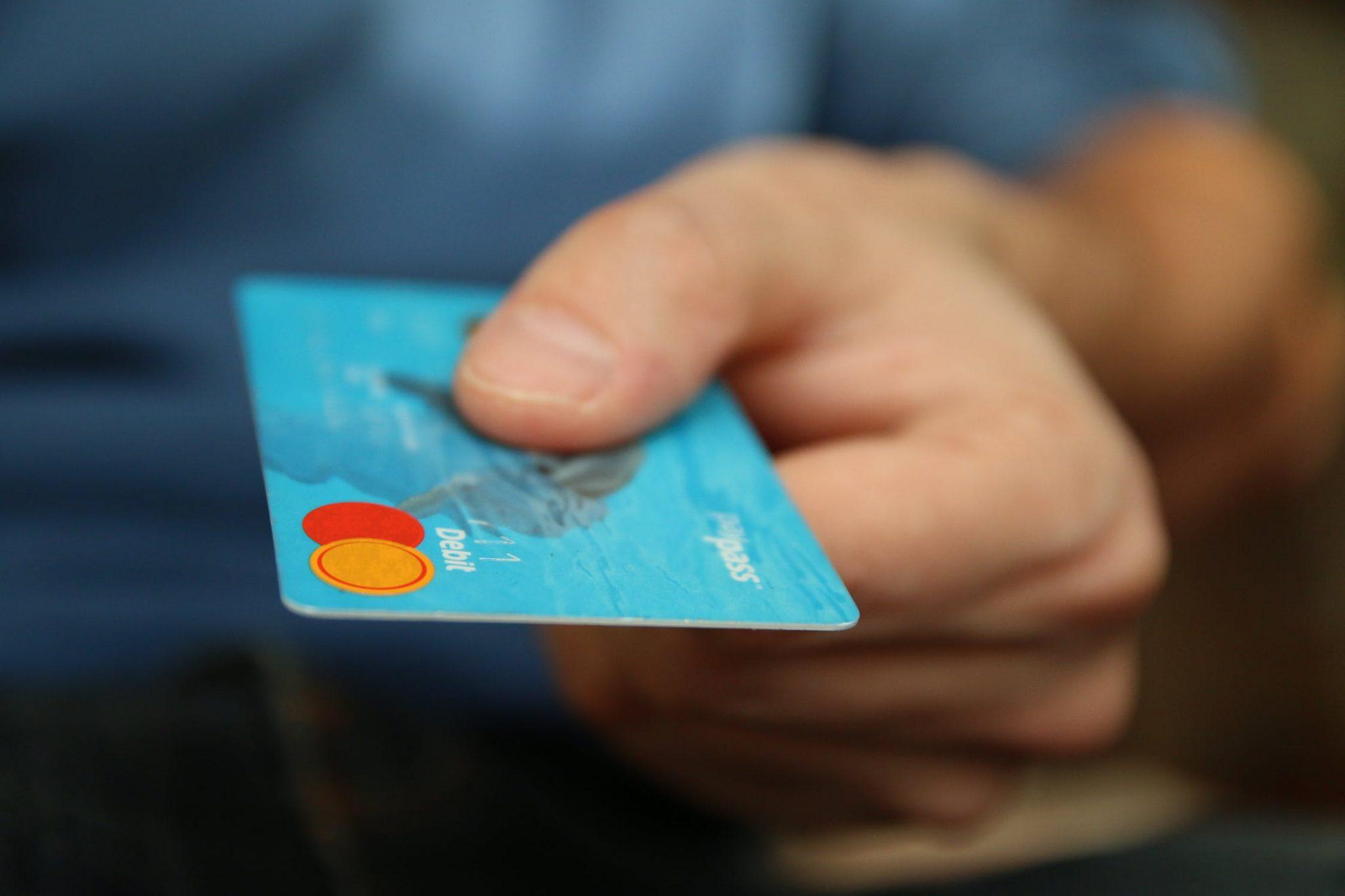 Виды мошенничества с банковскими картами. Как не попасть в ловушку?