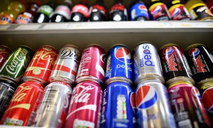 В России вводятся ограничения на сладкие напитки