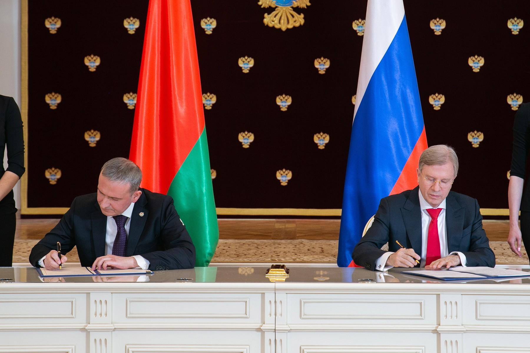 Раскрыты подробности договора о перевалке белорусских грузов