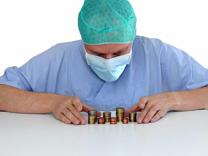 Проблема с выплатами врачам на сегодняшний день решена