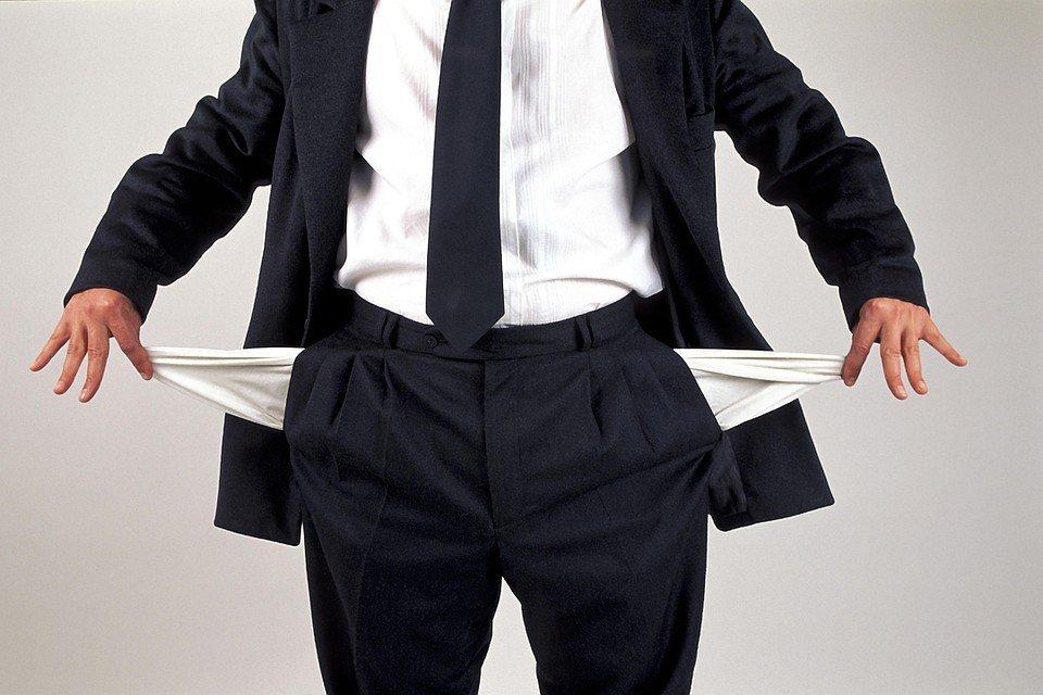 Производство и необходимость: должникам оставят минимальный доход