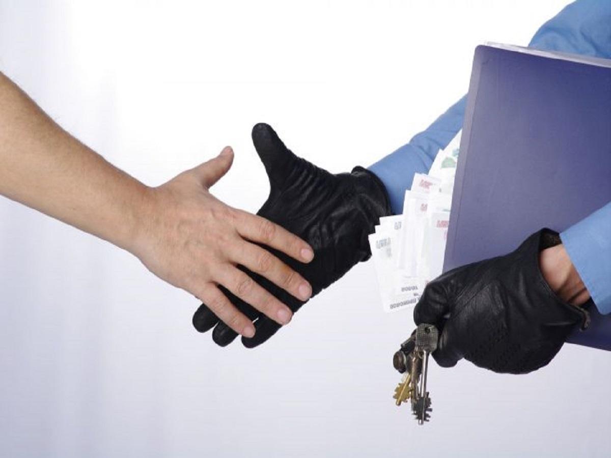 Покупай, но проверяй! Как не попасться на уловки аферистов при покупке квартиры