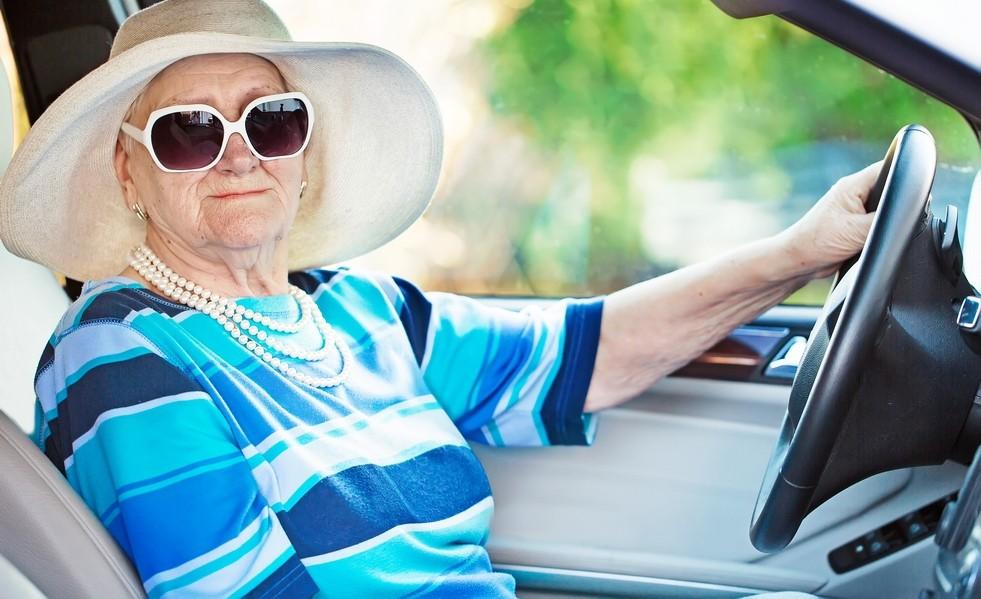 Есть ли льготы по налогам у пенсионера при продаже гаража
