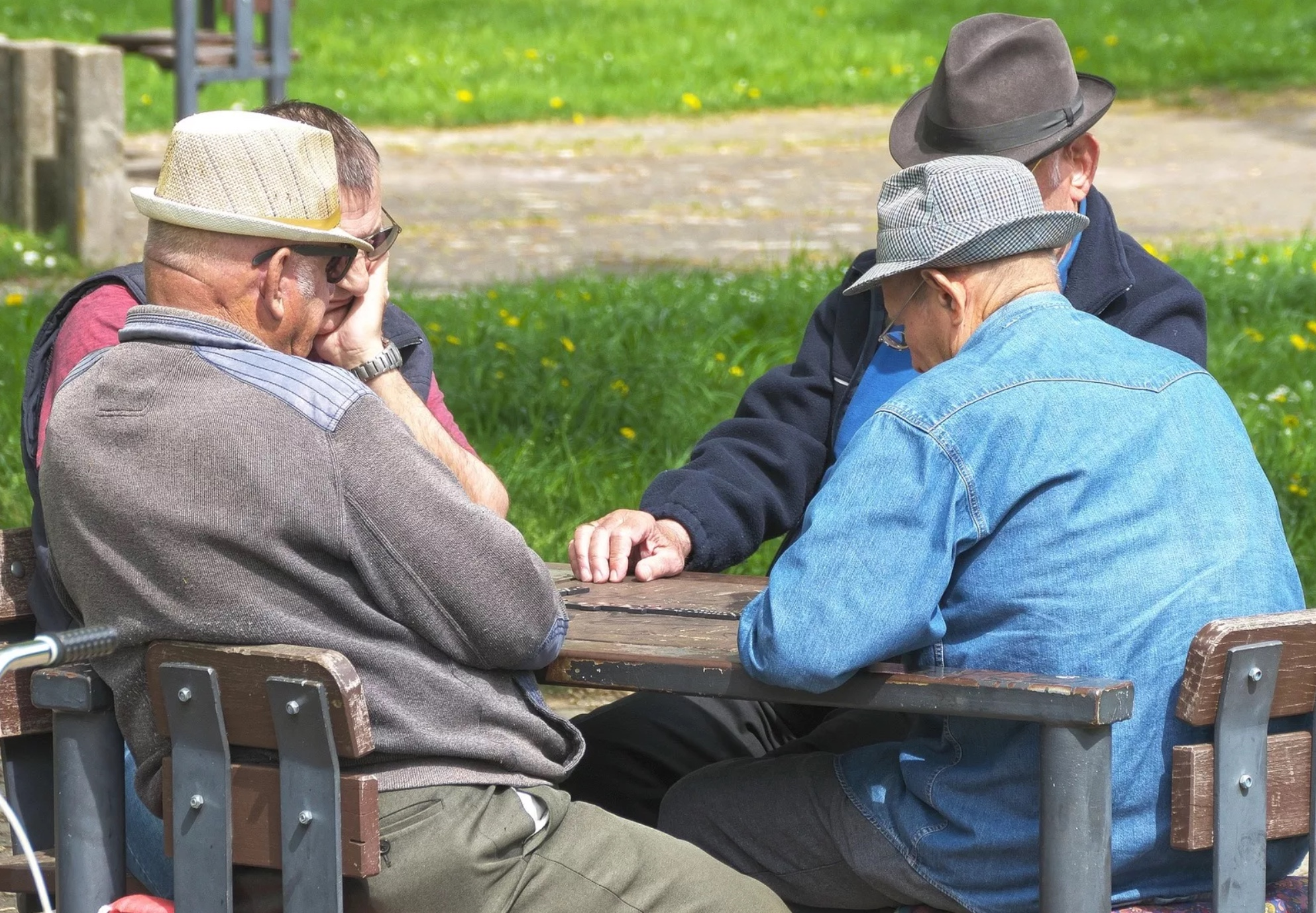 Сколько российских мужчин доживает до пенсии