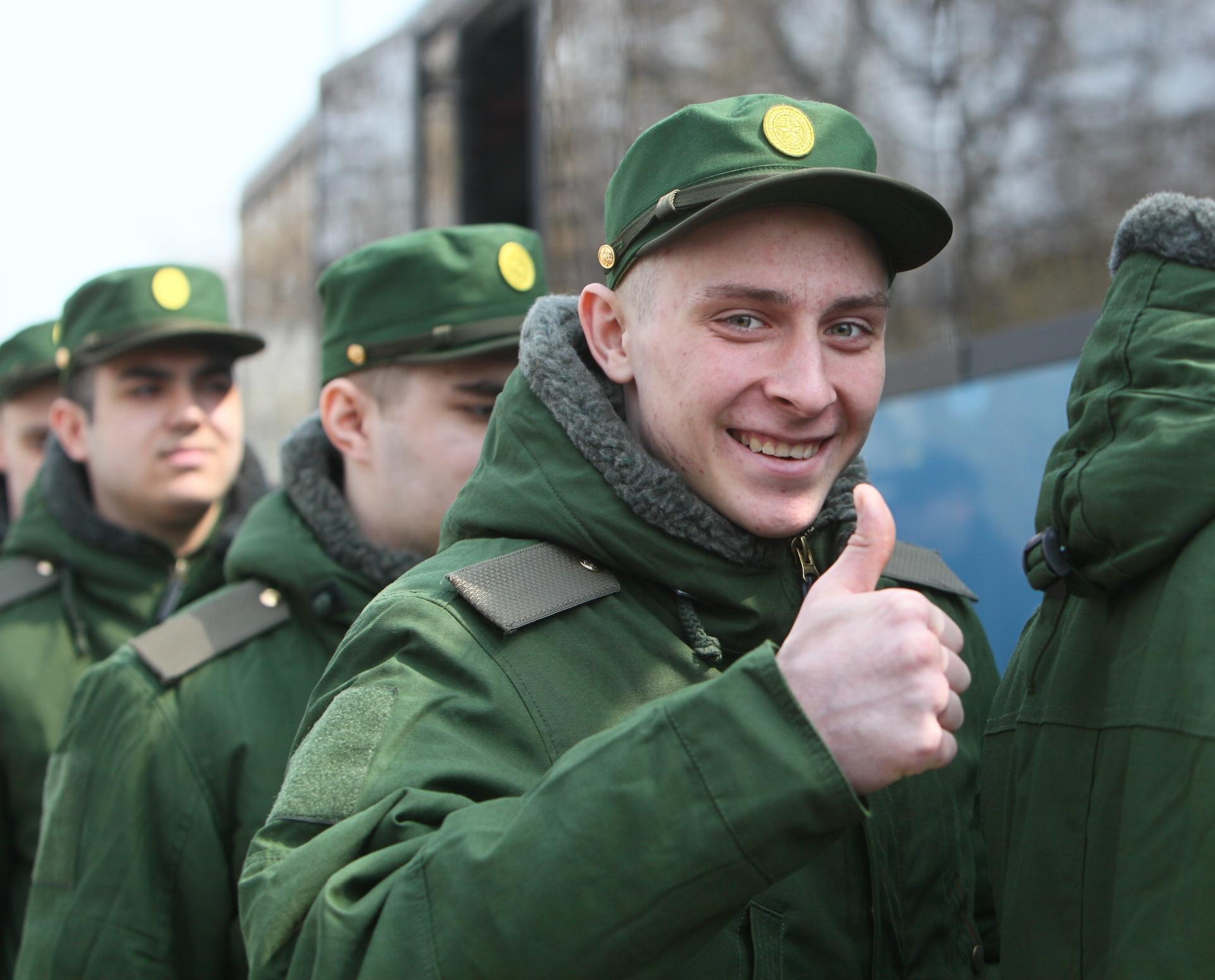 Как включается в стаж служба в армии?