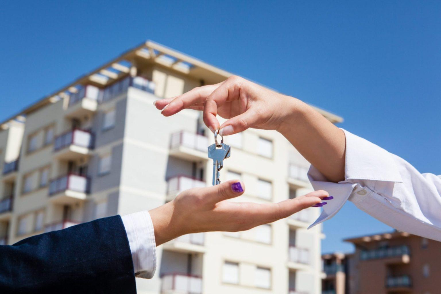 Как получить квартиру от государства