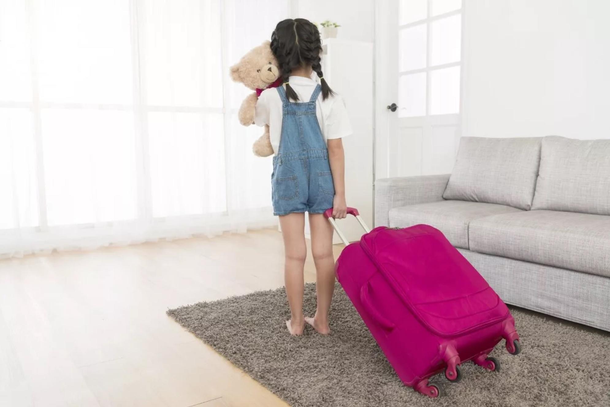 Можно ли выписать ребенка в никуда?