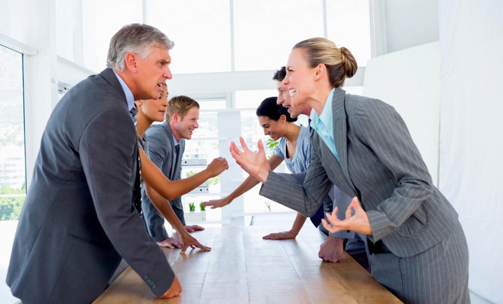 Трудовые споры, выигранные работниками в суде: неподписанная должностная инструкция, отказ от выхода на работу в офис и др.