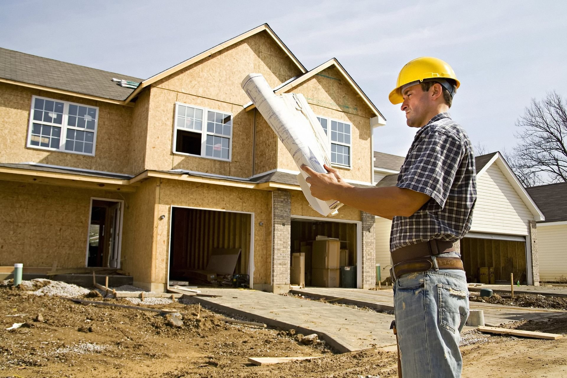 Гражданам запретят строить дома самостоятельно