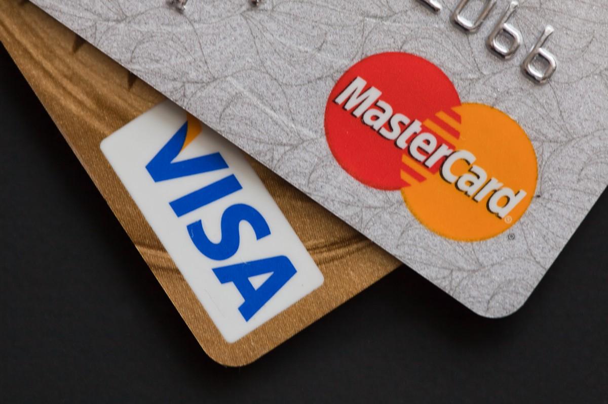 Новые изменения для всех, кто оплачивает покупки картой