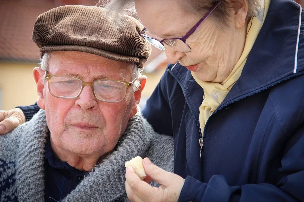 Количество претендентов на обязательную пенсию по старости в России сокращается