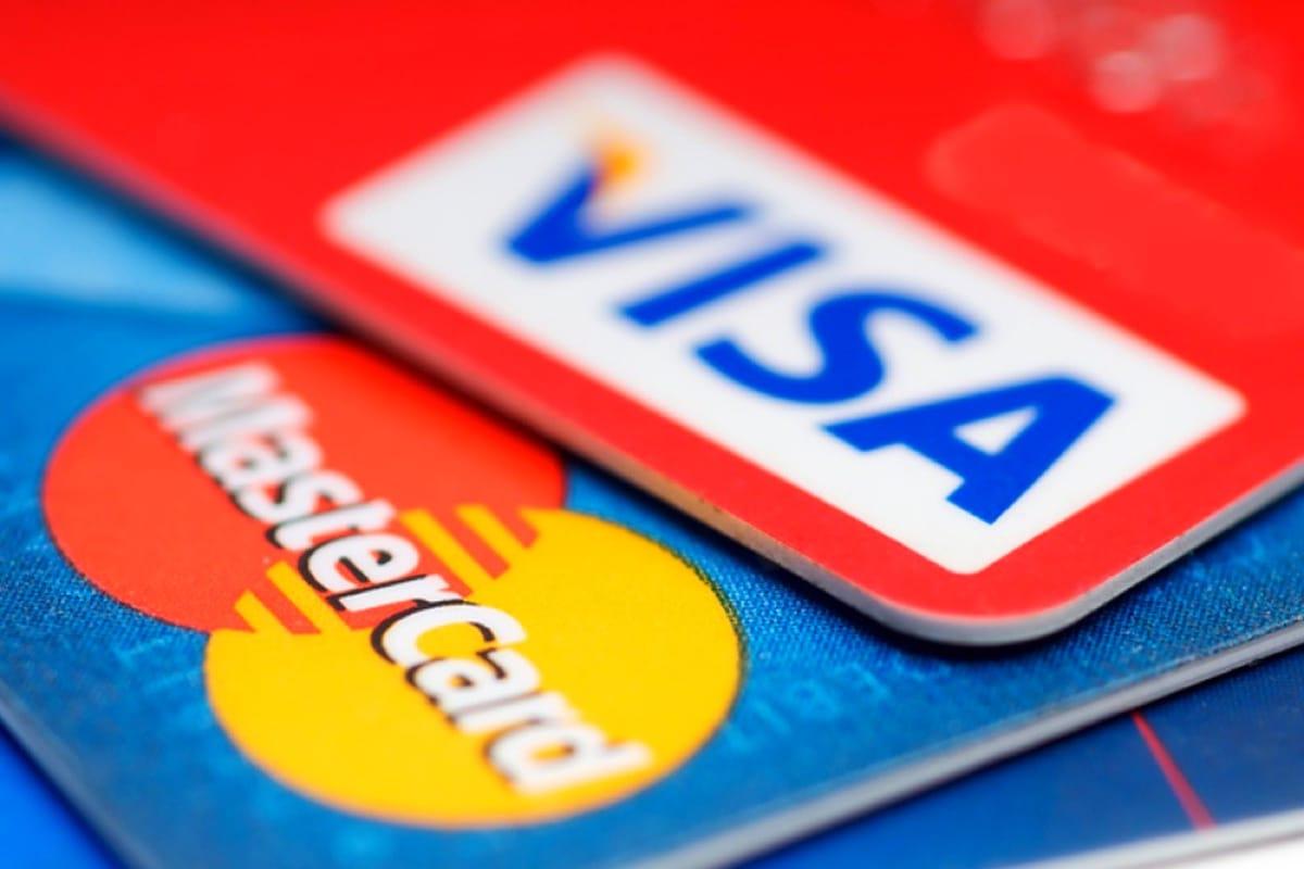 В Кремле допустили отключение России от Visa и MasterCard