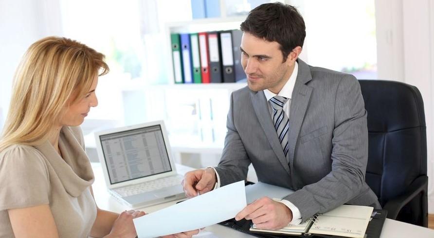 Как не стать жертвой обмана в банке: 4 важных совета