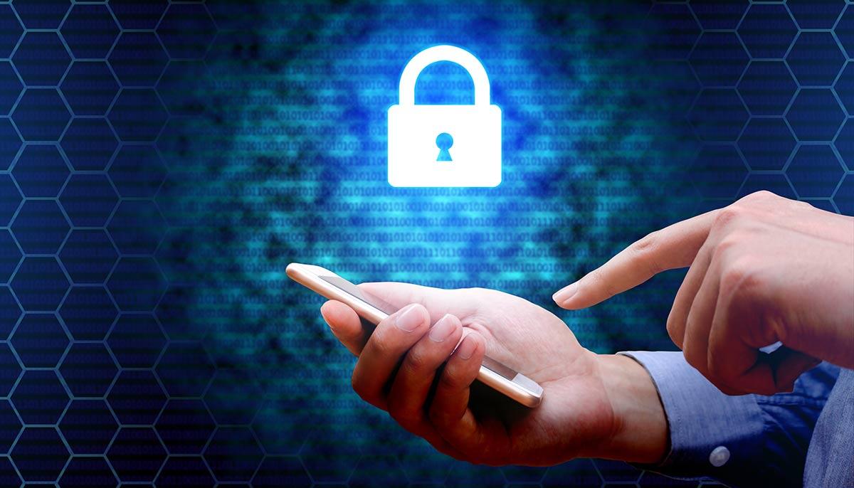12 простых и эффективных правил: как защитить свой счет в онлайн-банке от мошенников